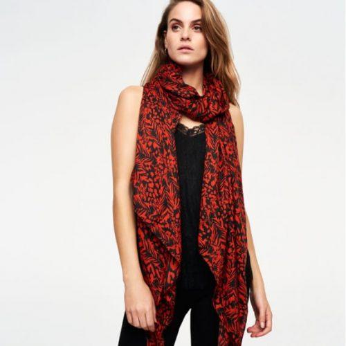 two toon sjaal van alix the label gaaf te combineren met het rokje in de zelfde print