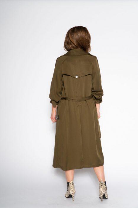prachtige stoere trenchcoat is het legergroen van Co'Couture een musthave dit seizoen