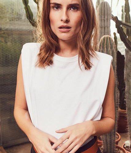 Stoer t-shirt van Co'Couture style Eduarda met schoudervullingen